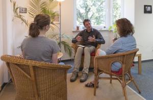 Ambulante Behandlung Beratungsstelle Ahrensburg Besprechung