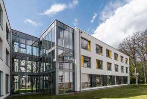 RehaCentrum Alt-Osterholz Gebäudekomplex modern